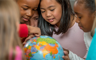 ELLs learning with a globe